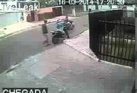 robber_take_a_motorbike_gun_in_face_157419497_thumbnail