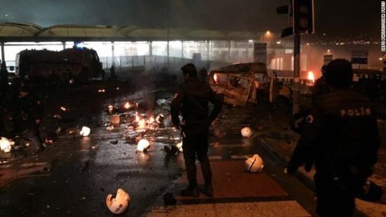 istanbul-explosion-dec-01