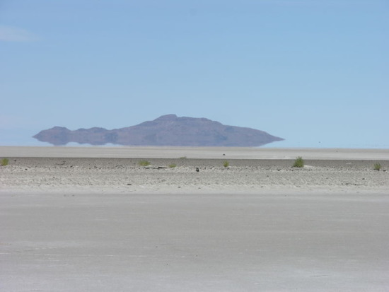 800px-Great_Salt_Lake_Utah_USA3