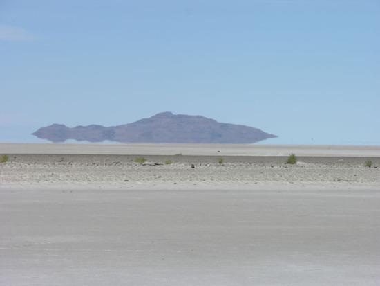 800px-Great_Salt_Lake_Utah_USA3