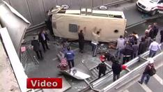 _Minibus_falls_of_flyover_in_Turkey_Trap_132534958_thumbnail