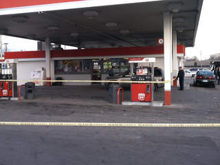 gasstationshooting_20111209212654_320_240