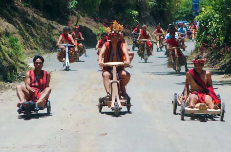 ifugao-wooden-scooter-sunstar (1)