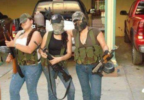 mexican_drug_cartels_now_use_facebook_for_publicity_640_11_580
