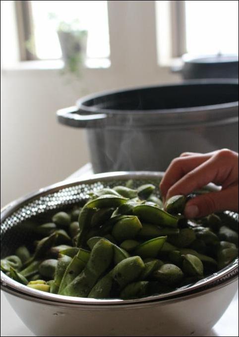 レシピ丹波の黒豆のおいしい食べ方は断然これストウブで