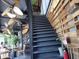 アロハテーブル 階段