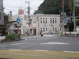ゆうがた 建物と江ノ電の線路