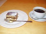 イルパッソ ティラミスとコーヒー