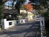 OMOTE 東勝寺橋の道