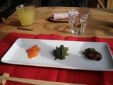 サイラム 前菜3種とオレンジジュース