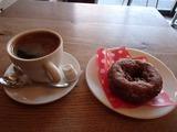 晴れの場 ドーナツとコーヒー