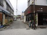 町の食堂 路地入口2
