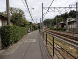 KIRYU 線路沿いの道