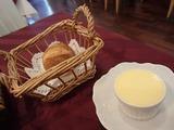 ル グルニエ  バターとパン