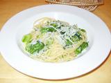 イルパッソ 緑の野菜とシラスのパスタ