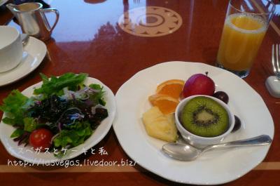 フルーツ&サラダ