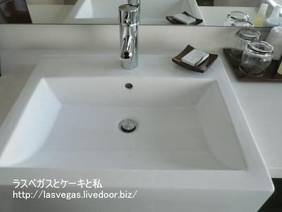 石鹸もAVEDA