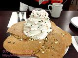 グアムのエッグスンシングスでクリスマススペシャル・パンケーキ