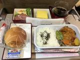 ソウル行きアシアナ機内&仁川空港で乗り継ぎ