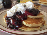 ブルーベリーヒルでパンケーキ朝食