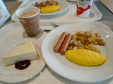 イケアレストランで朝食