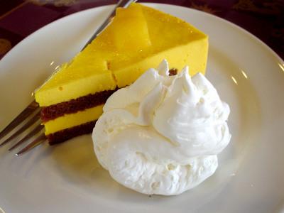 マンゴー チョコレート ケーキ