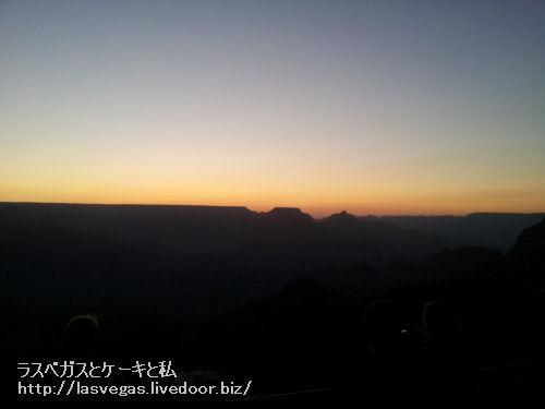 日の出前のグランドキャニオン