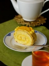 オレンジのロールケーキ