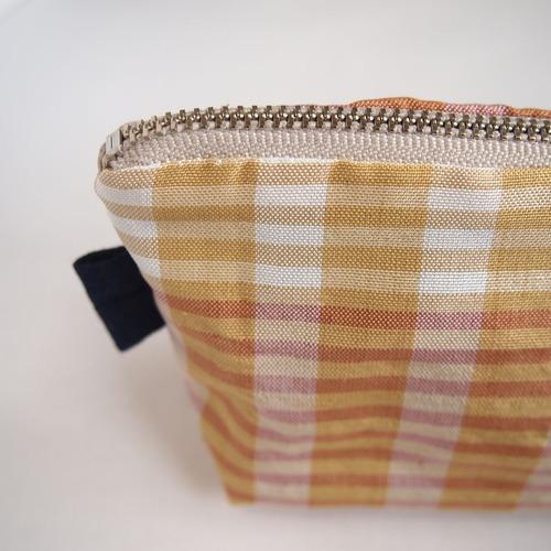 格子柄手織りポーチ