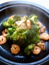 えびとブロッコリーの炒め煮