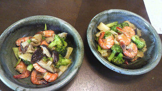 出張料理8月7日枚方市 海老とブロッコリー 椎茸の蒸し煮