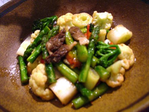 グリーンアスパラと壱岐野菜の蒸し煮