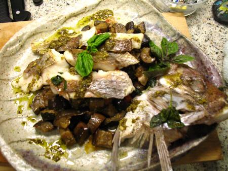 真鯛の香草焼きジェノベーゼソースと茄子のサレルノ風
