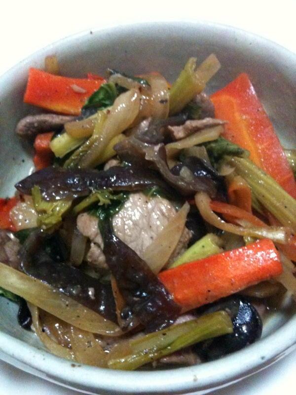 豚肉とキクラゲと野菜炒め