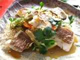 真鯛の白ワイン蒸し 具たくさん新鮮野菜添え