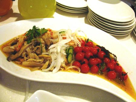 海老とイタヤ貝キノコのマリネ