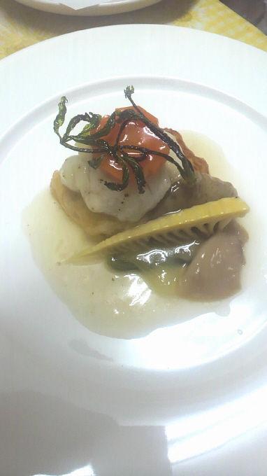 鱧のソテー湯葉豆腐湯葉包み 銀あん 季節の野菜添え