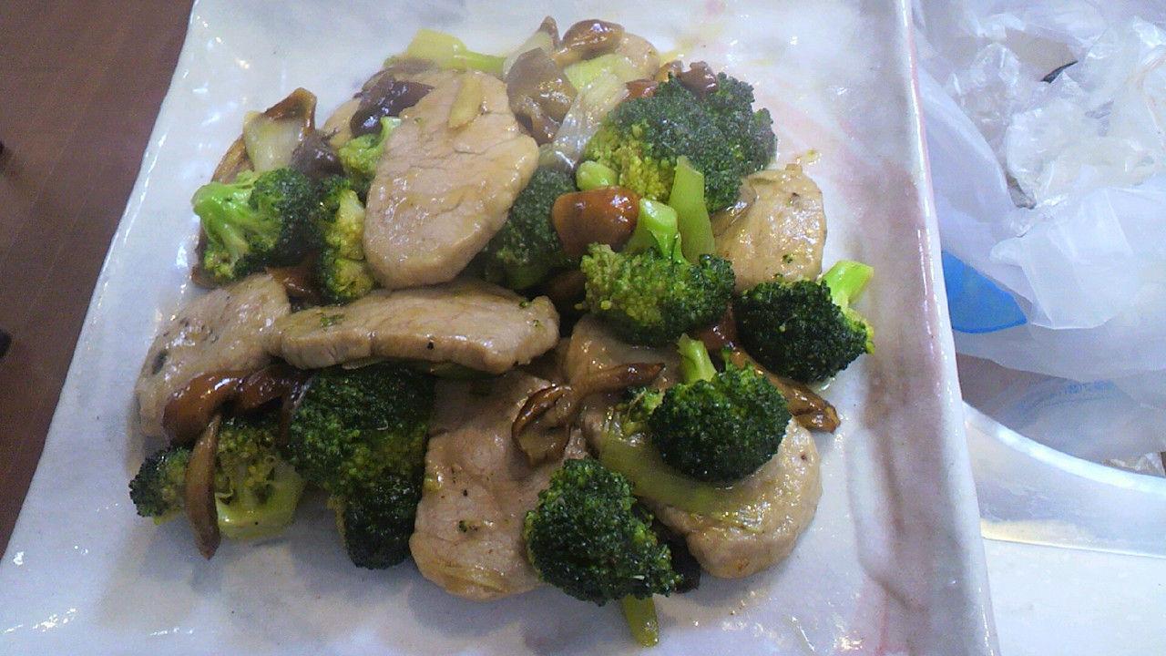 豚ヘレと ナメコ ブロッコリーの 和風炒め煮