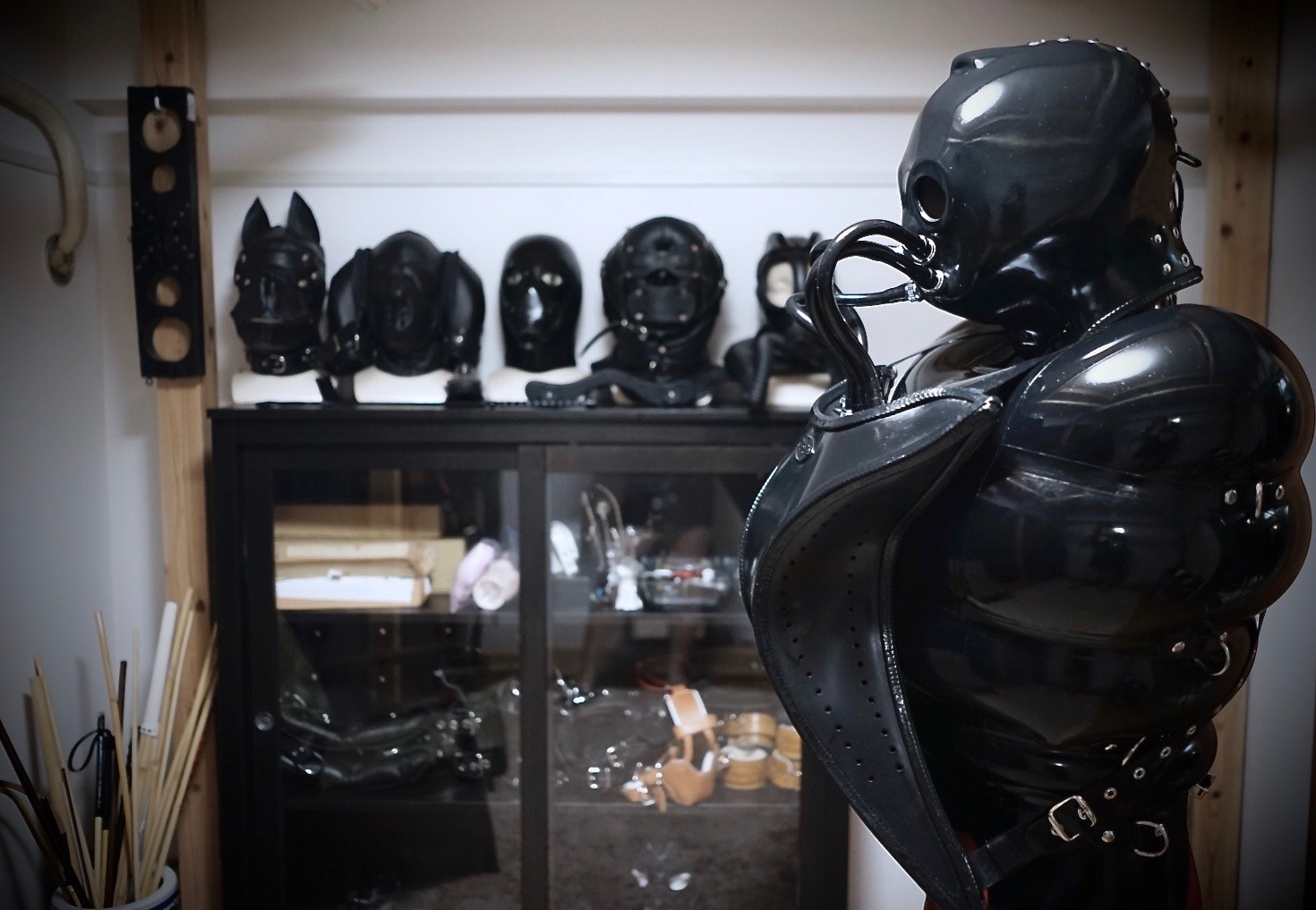 Finest rubbers Catsuits