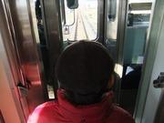 万葉まほろば線車内から見える単線の線路