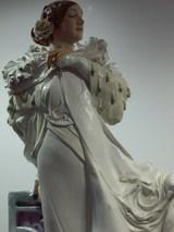 ミュシャ作品のフィギュリンUP画像