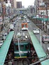 元旦に住吉大社へ向かうお客様で混雑する阪堺線