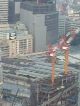 工事中の阪急百貨店と大阪駅北エリア