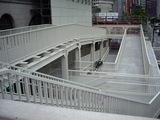 エッシャーみたいな白い階段