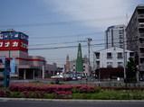旧サティ八尾店南隣に立った塔と櫓