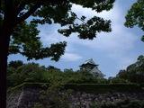 大阪城を借景に