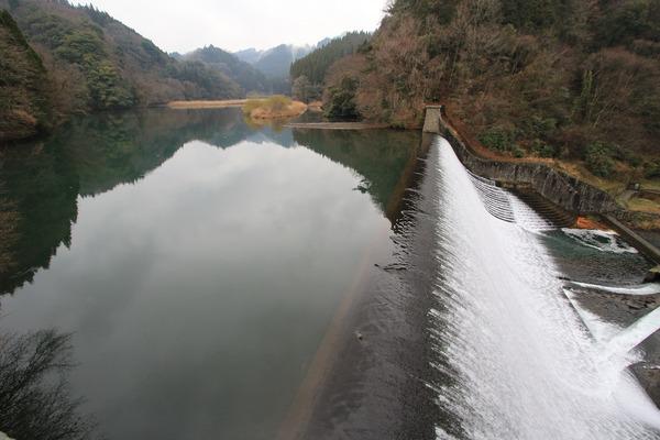 白水堰堤溜池1