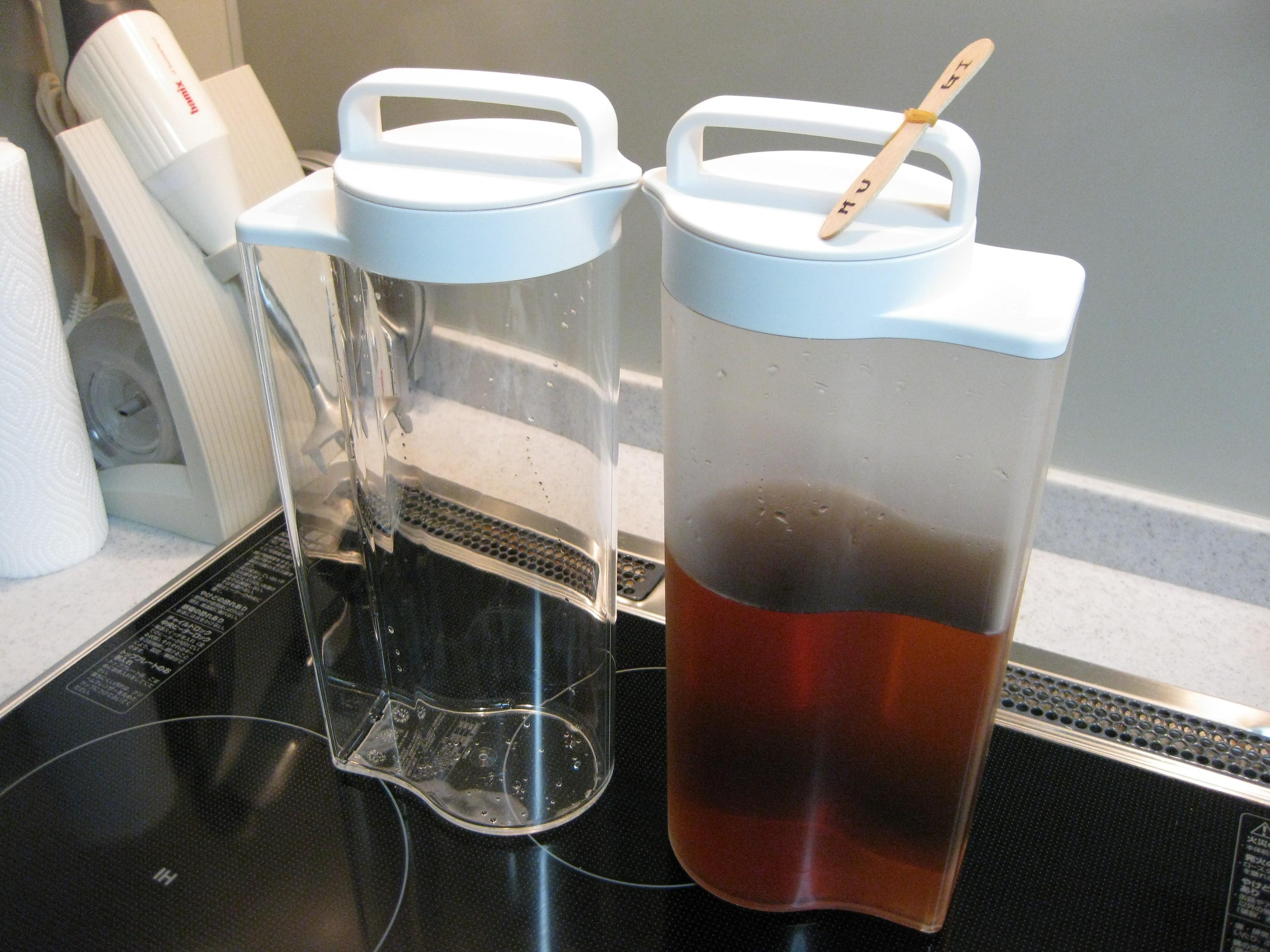 麦茶のポットを買いました。 無印良品です。 今までは、ペットボトルに麦茶を入れていました。 でも、中が洗いにくいし、汚れが取れなくなってきたときにお茶が入った  ...