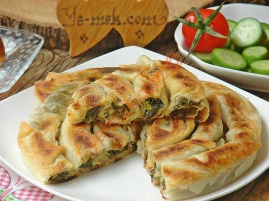tavada-ispanakli-kol-boregi-resimli-yemek-tarifi(16)
