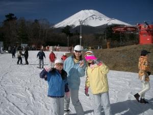 スキー3人